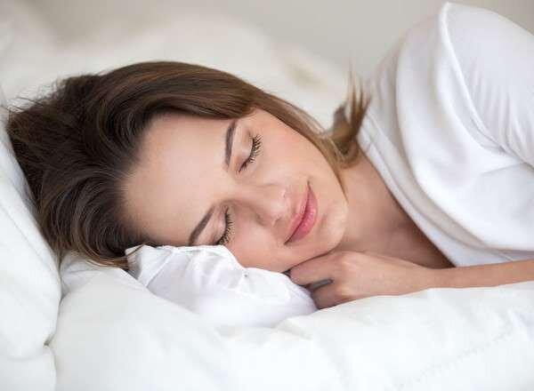 Сон на боку лучше всего выводит отходы из мозга